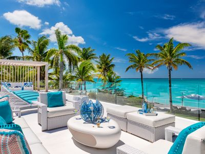 Photo for Beachfront breathtaking 6 bedroom villa on Grace Bay Beach