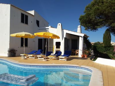 Photo for Pool villla in the Quinta do Paraiso, just 800 m to the beach/village centre