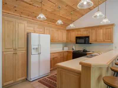 Photo for 3bd/3.5ba Teton Pines Townhome 21: 3 BR / 3.5 BA town homes in Wilson, Sleeps 6