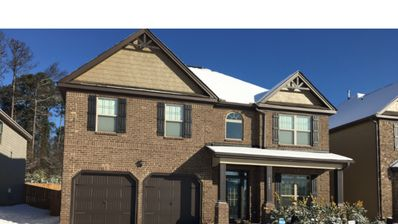 Photo for Superbowl Ready 4 Bedroom 2.5 bathroom home close to Mercedes-Benz Stadium