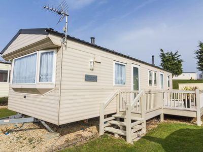 Photo for 8 berth caravan for hire at Kessingland Beach holiday park ref 90008