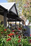 cosy house to stay near wineries