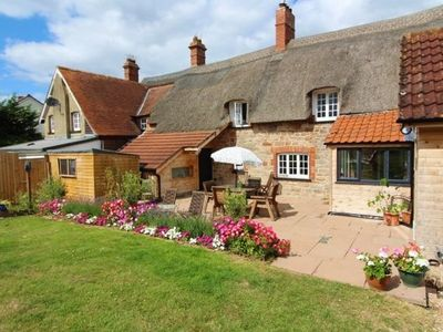 Photo for 1BR Cottage Vacation Rental in Exmouth