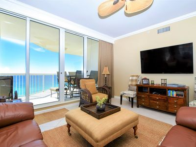 Photo for Spacious end condo w/balcony beachfront views! 🏖️