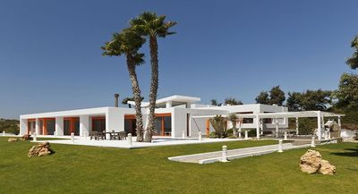 Photo for 7 bd beachfront villa on Rhodes, private pool, a/c bedrooms