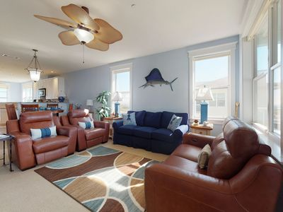 Photo for NEW LISTING! Bayfront condo with access to shared pools, hot tubs, and gym!