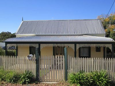 Photo for Goldfields Cottage Beechworth
