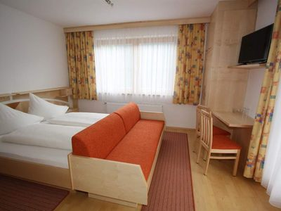 Photo for Double room with shower, toilet, balcony - Hotel Garni Haus Anita