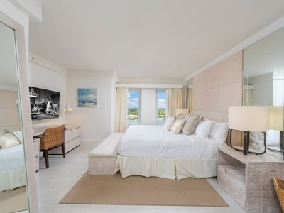 Photo for Cityview  2bd/2ba in Luxury Eco-Hotel Private Residence South Beach