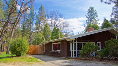 Photo for Natures River walk, 9 Miles To Yosemite, 3 to Bass Lake,Riverfront  2200 sq. ft.