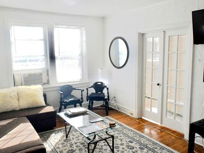 Photo for (55.1S) Beautifully decorated 2 bed apartment!