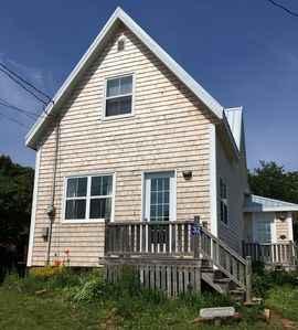 Photo for Renovated Harbourview Cottage