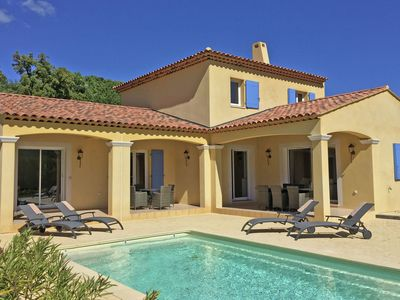 Photo for Modern villa with a private pool and airco, fantastic views over the vineyards