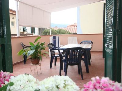 Photo for Large apartment with terrace in the center of Marina di Campo
