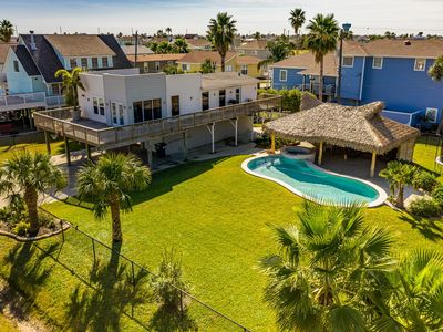 Paraiso - fenced yard, private pool, Paradise!