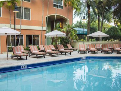 Photo for Deluxe Suite at The Mutiny Hotel Coconut Grove w/pool, hot tub, restaurant, fitness center & more