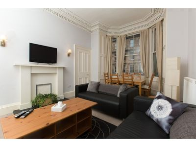 Photo for Spacious, Bright 5-br Flat for 10 in Edinburgh