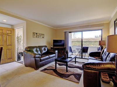 Photo for Gated Community w/ Pool Jacuzzi Tennis Courts & Park