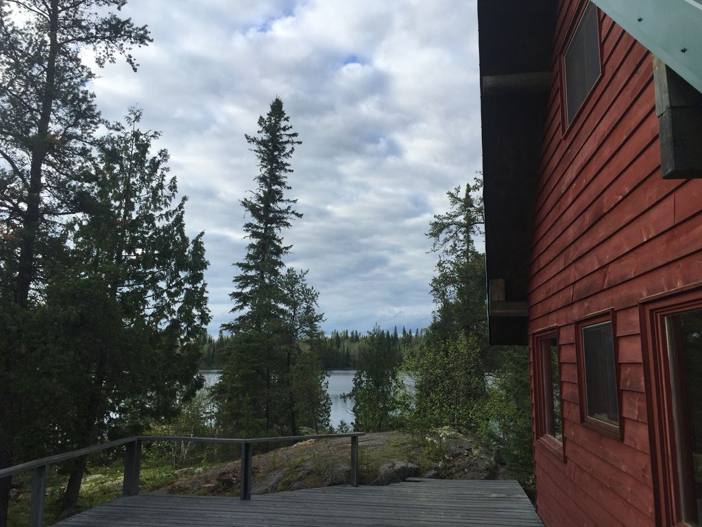 off grid full amenities with 2 lakes, cottage and separate sauna