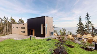 Photo for Band new ultra modern spectacular oceanfront home!