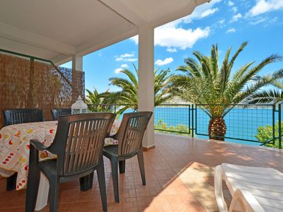 Photo for KATARINA 1 apartment for 4 + 1 persons, 2 bedrooms and only 20m from the beach