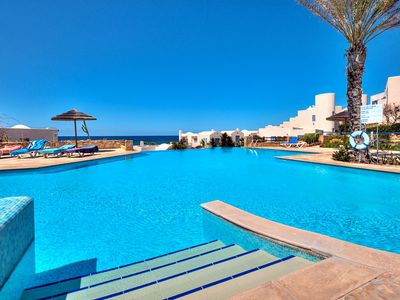 Luxury Beach Villa With Pool And Sea Views. Harbour And Beach Nearby.