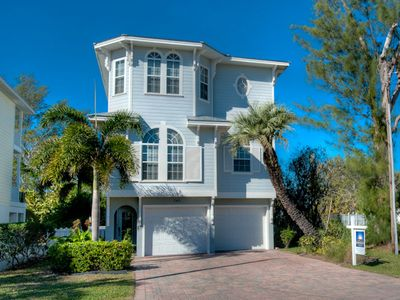 Photo for Beach Views and Private Pool! Whitecaps: 5 BR / 3.5 BA