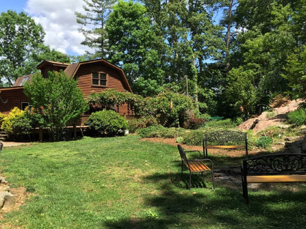 tranquil log cabin retreat vrbo