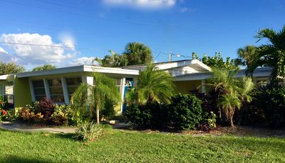 Photo for Professionally Decorated cottage on Manasota Key