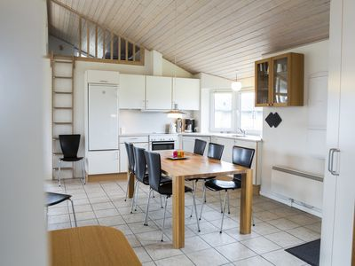 Photo for 6-person bungalow in the holiday park Landal Seawest - on the coast/the beach