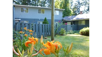 Photo for COUNTRY FOREST LOFT Walk to Winery & Berry Farm - Hiking Trail - Fort Langley