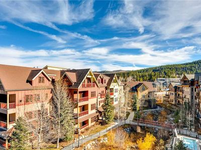 Photo for Spacious condo with vaulted ceilings and private balcony, close to summer hiking trails