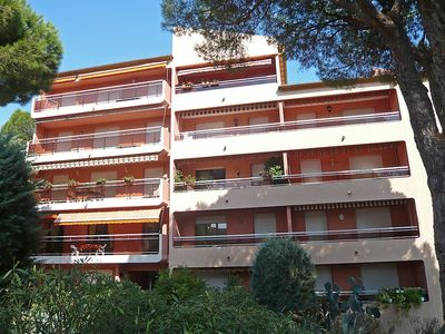 Photo for Apartment 150 m from the center of Sainte-Maxime with Internet, Lift, Terrace, Washing machine (115731)