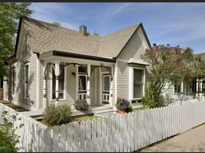 Photo for MAIN STREET VICTORIAN // WALK TO TOWN, WIFI, CABLE TV, JACUZZI TUB, GRILL, W/D