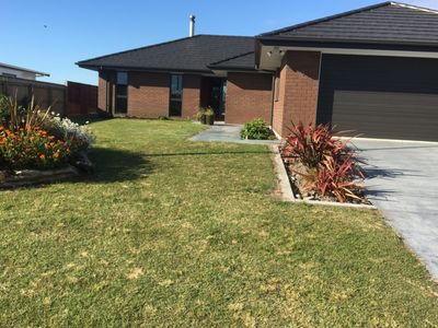 Photo for Enjoy a lovely home at Foxton Beach.