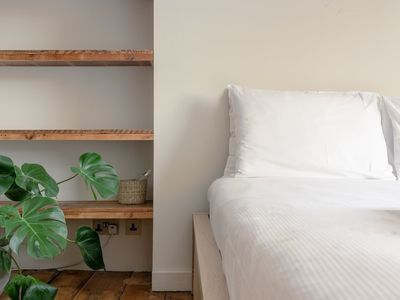 Photo for 2 Bedroom Apartment in Hackney