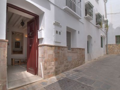 Photo for Elegant townhouse in Cómpeta
