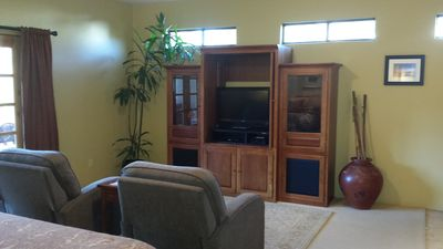 "Pyramid Suite recliners, 37"" flat screen TV with HD cable and movie channels"