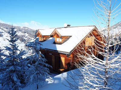 Photo for CHALET family in VARS, renovated for 10 people, well located and close to the slopes.