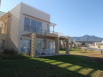 Photo for Beautiful ground floor appartment on complex with sea and mountain views