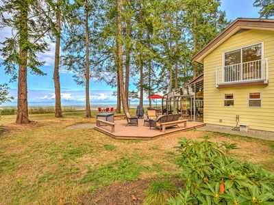 Photo for Oceanfront 3 Bedroom Walk Out Beach Access