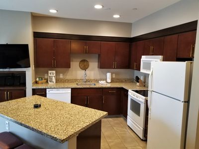 Photo for Beautiful 1 bdrm Resort unit for Stagecoach Music festival Apr 24-27 2020