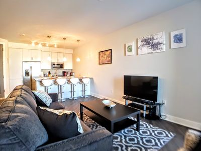 Photo for 3073-Urban/Modern Mid-Rise✔️1 King bed✔️Sleeps 6✔️Art District✔️Military Disc