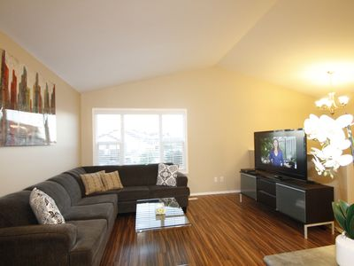 Photo for Executive 3BD, 2BR Suite Near Airport
