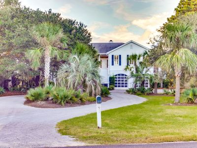 Photo for Awesome 4 bedroom home family house in DeBordieu Colony w/ golf cart