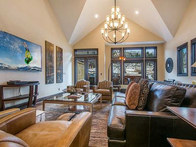 Photo for Luxurious 5 BD 7 Bath Townhome close to Main Street and Lifts. Sleeps 13+