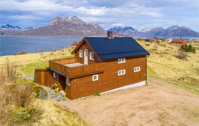 Photo for 5 bedroom accommodation in Stokmarknes