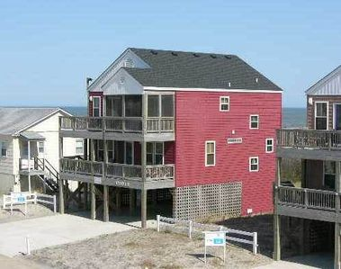 Photo for Noahs Ark | Semi-Oceanfront | South Nags Head | Sleeps 8