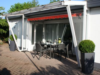 Photo for Detached holiday home on the North Sea and Grevelingen sea