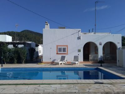 Photo for Holiday home in a pleasant location, close to Cala Jondal with its famous beach clubs.